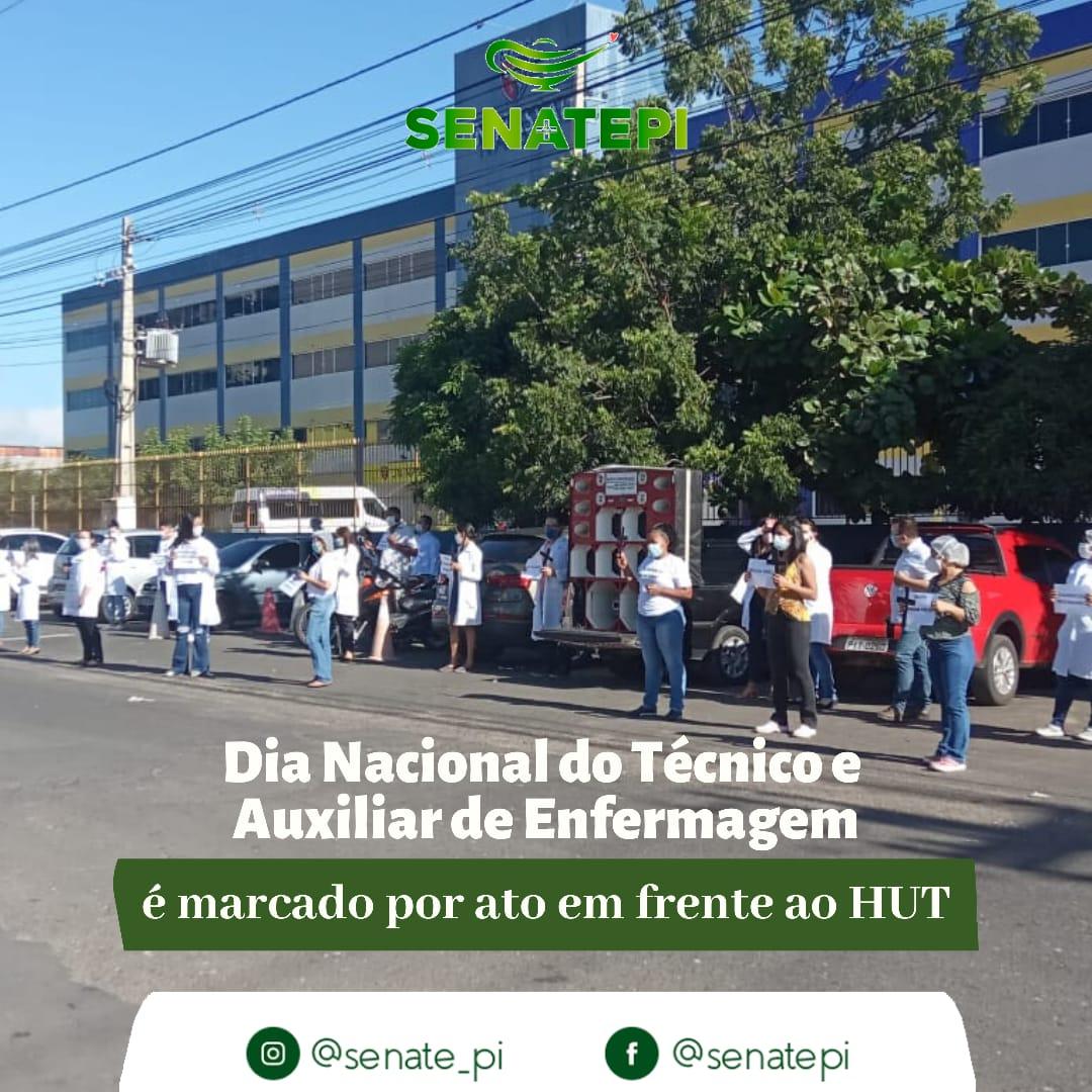 Dia do técnico e auxiliar em enfermagem é marcado por protesto